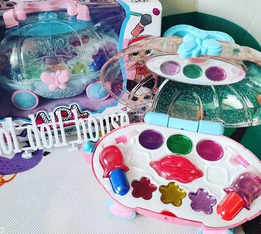 Шкатулка карета с набором детской косметики