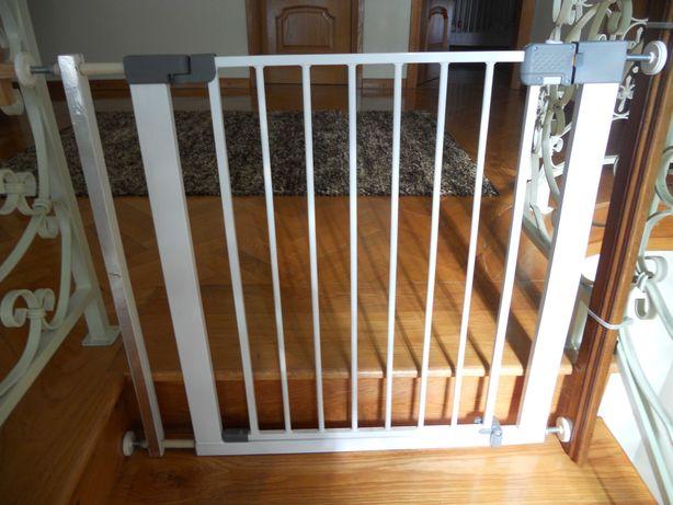 Grade de segurança para escadas