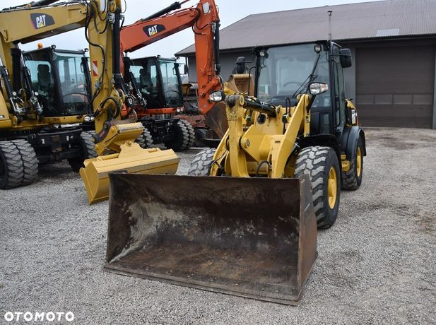 Caterpillar Cat 906 H  Sprowadzona Z Niemiec 907 908
