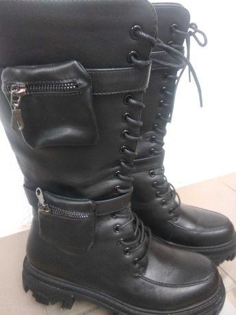 Ботинки женские высокие