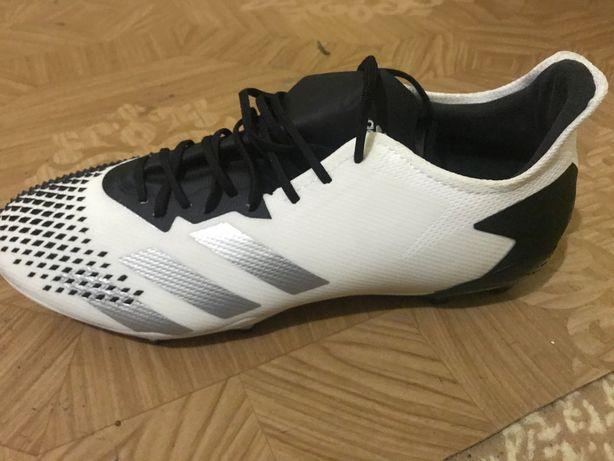 Копачки Adidas Predator