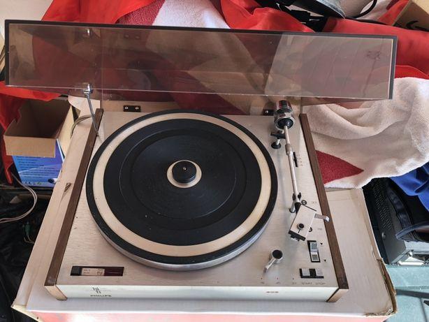 Gira discos Philips Vintage