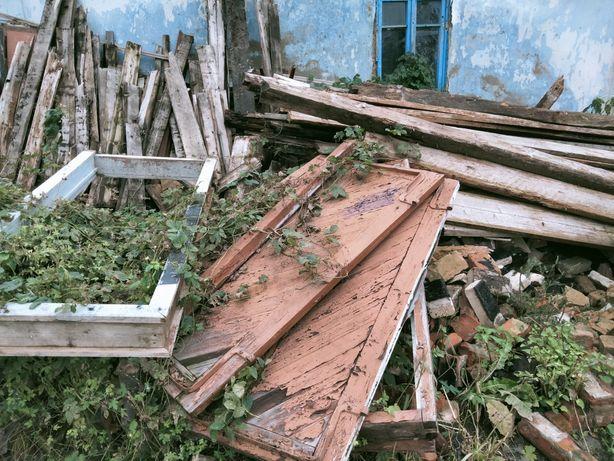 Б/у матеріали на дрова