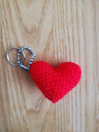 Serce serduszko breloczek szydełko handmad