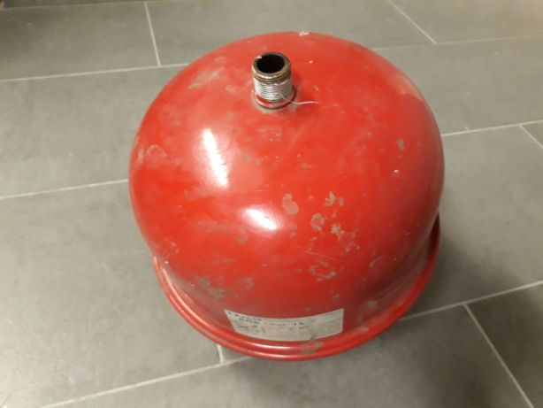 Zbiornik wyrównawczy ciśnieniowy 12l