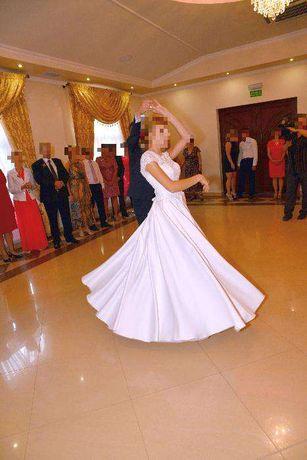 Suknia ślubna typu Princess, wzrost 168 cm, rozmiar 36-38