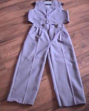 Komplet do chrztu albo na inną okazję dla chłopca spodnie + kamizelka