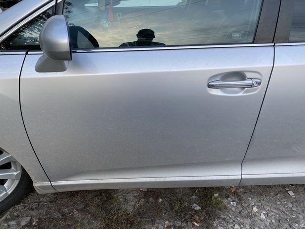 Двери левые Toyota Venza тойота венза