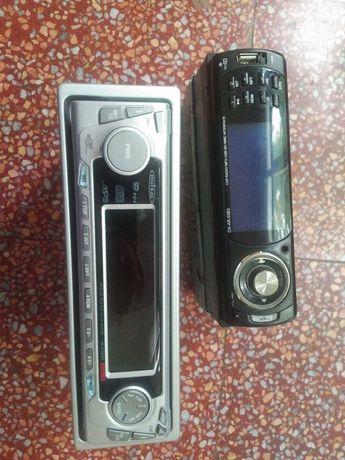 2 auto rádios para peças ou reparar