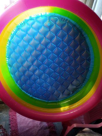 Piscina insuflável 3 anéis multicoloridos