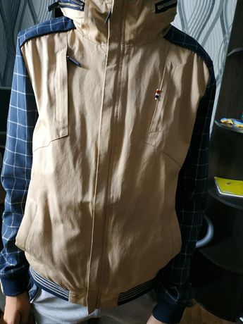 Продам осень-весна куртка