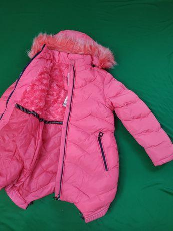 Куртки / пальта в асортименті для дівчинки дитячі.