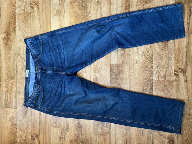 Spodnie Wrangler W40 L34 Arizona