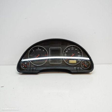AUDI: 8E0920900G Quadrante AUDI A4 Avant (8E5, B6) 2.5 TDI