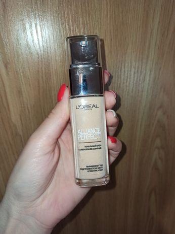 Тональный крем L'Oréal alliance perfect