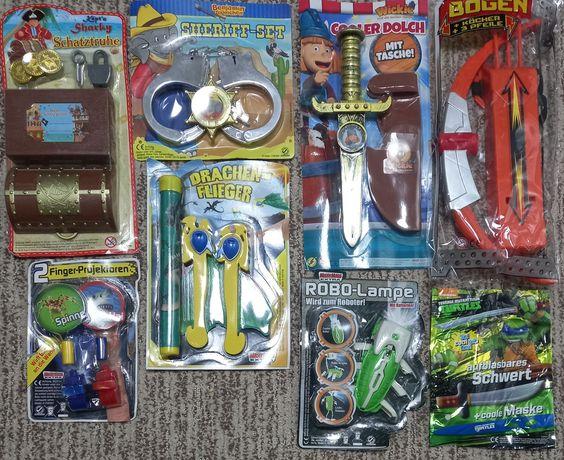 Набор игрушек для мальчика 8 шт за 200 грн