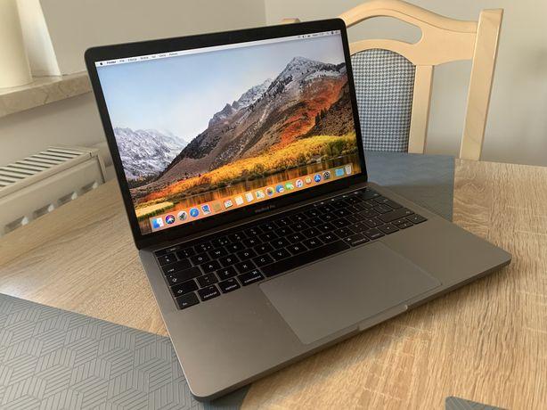 MacBook Pro 13cali 2017 i5, 8GB RAM TouchBar