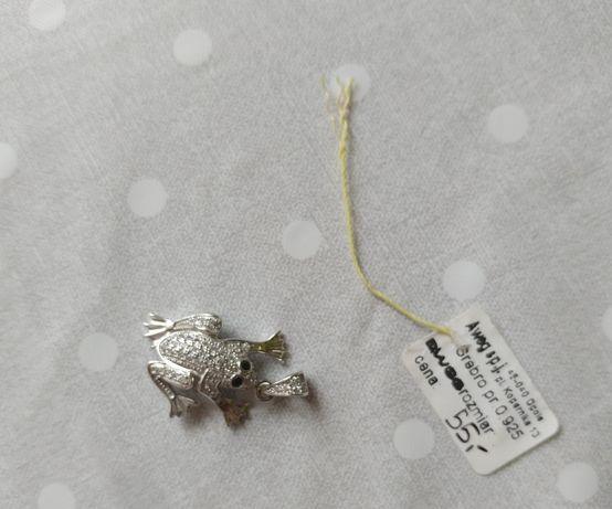 Żabka srebrna Zawieszka przywieszka wisiorek próba 0.925