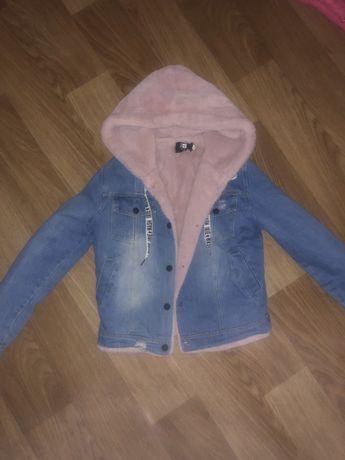 Курточка джинсовая с мехом