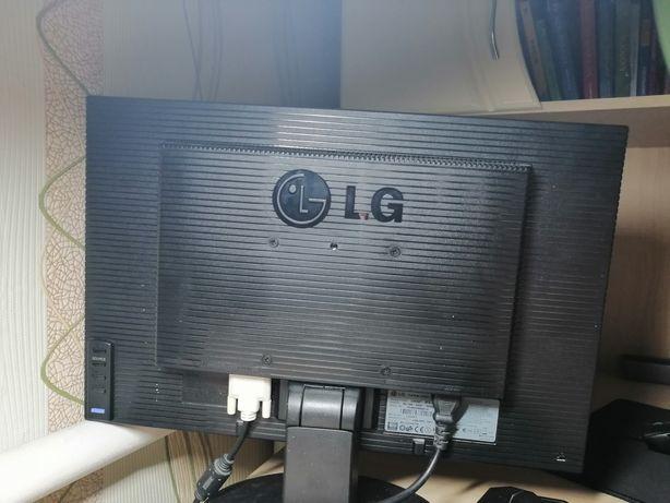 Монитор LG хорошое качество