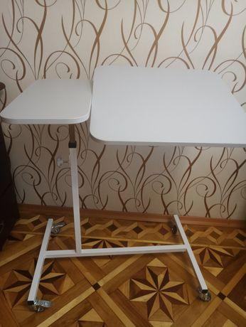 Стол прикроватный