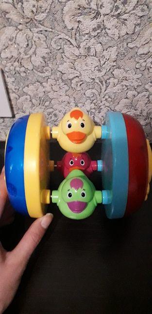 Музыкальная развивающая игрушка мяч уточки для малышей