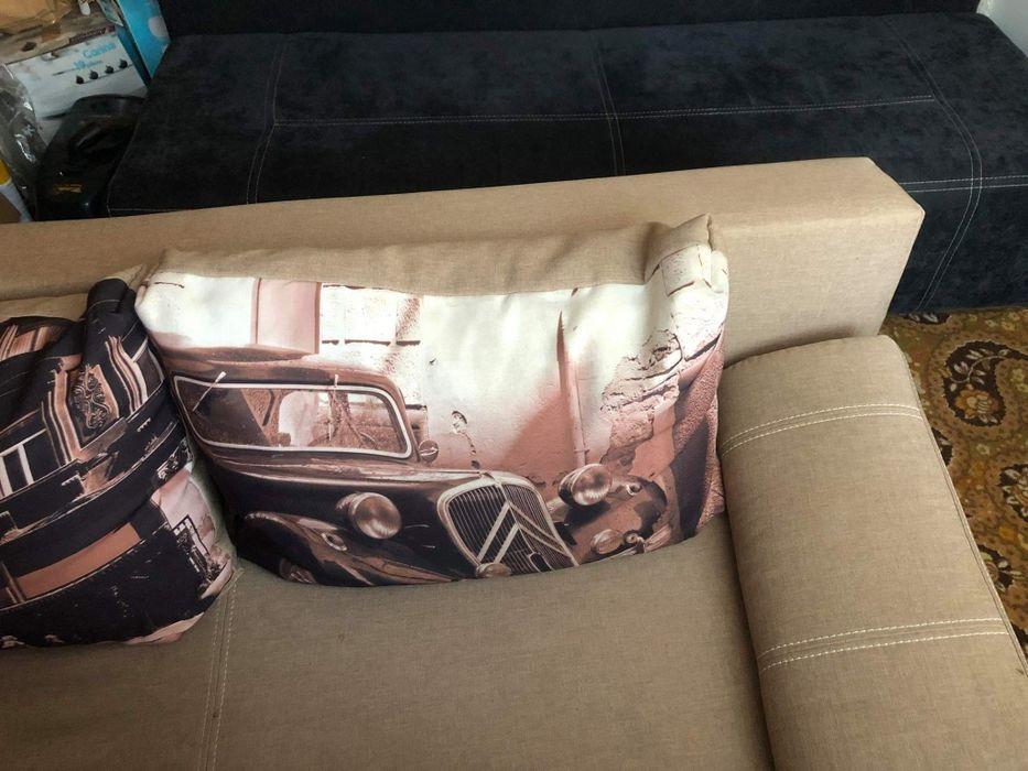 Sprzedam kanapę, sofe w stanie idealnym w kolorze beżowym (rozkladana) Otwock - image 1