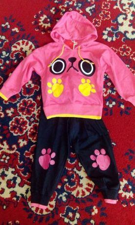 продам костюм на девочку 350 рублей
