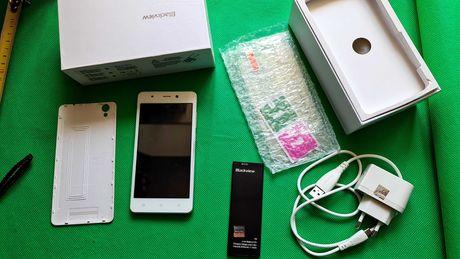 Смартфон Blackview a8 white на запчасти (новая батарея)