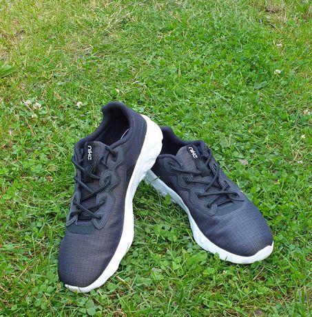Damskie czarne buty sportowe Nike Explore Strada rozm-42, Cm 26,5/27