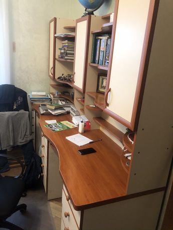 Мебель - стенка для школьника( два рабочих места)