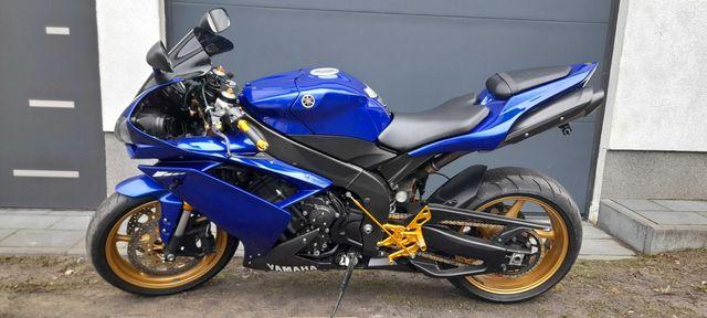 Yamaha r1 rn19 cbr zx gsxr