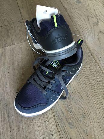 Buty dziecięce sportowe Scout rozmiar 33 4+1 gratis