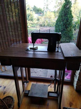 Продам швейная машинка