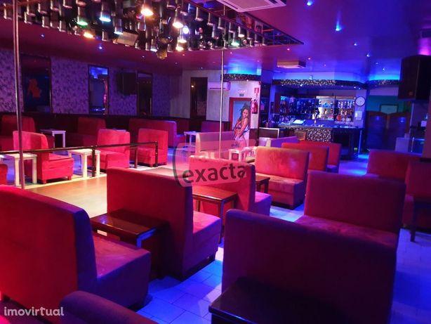 Bar / Dancing Club / Restaurante p/ Trespasse em Valongo - 20.14/001