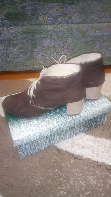 Нубуковые ботиночки, стелька 24,5 см