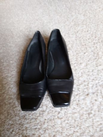Buty czółenka rozmiar 38