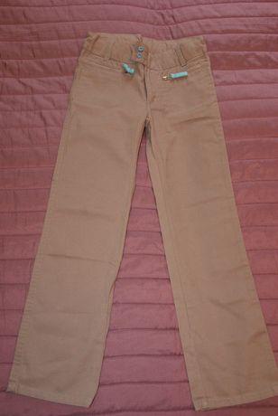 5-10-15, spodnie beżowe proste, r. 140 cm