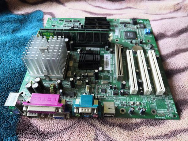 Продаю материнку+проц+память Emaplaat HP D9840-60001 BRIO BA410 SOCKE