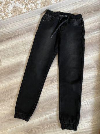 Новые подростковые качественные штаны (джинсы )размер 30