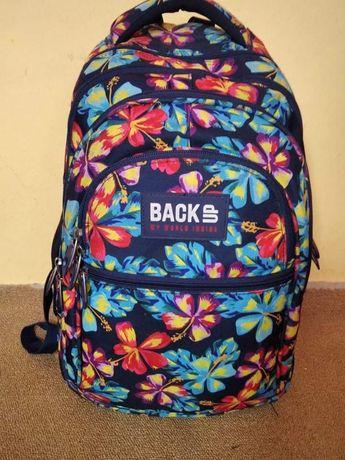Школьный рюкзак,отличное состояние