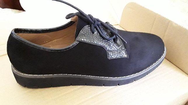 Качественные базовые удобные лоферы туфли на низком ходу