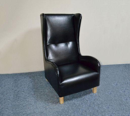 Солидное кресло для офиса, в кабинет, для педикюра