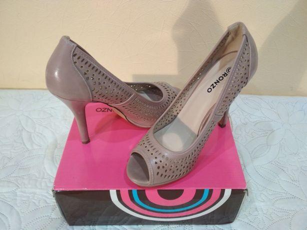 Новые туфли, босоножки перфорация Ronzo размер 37,5, 38