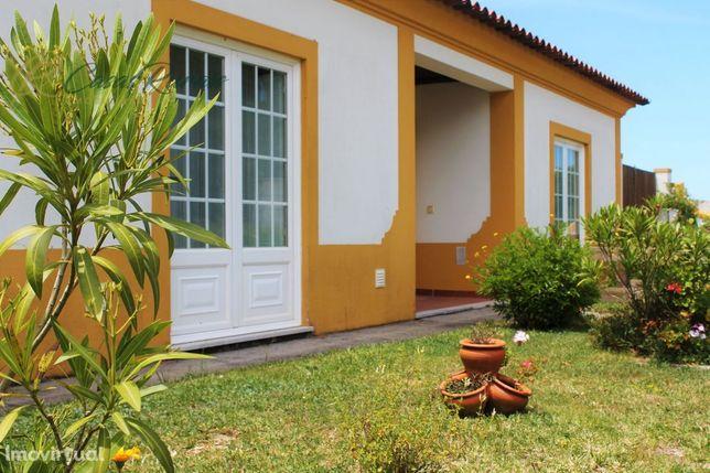 Moradia T4 c/Terreno - Próx. Óbidos