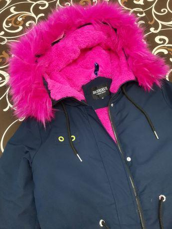 Куртка курточка пуховик парка размер S M Теплая курточка