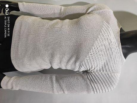 Тонкий мужской свитер джемпер