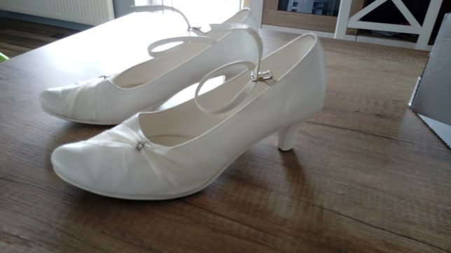 Piękne skórzane buty ślubne w kolorze ivory, roz.40, jak nowe