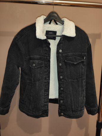 Джинсовая куртка утеплённая Bershka