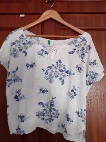 T-shirt/Blusa branca flores Benetton S/M. Portes incluídos!
